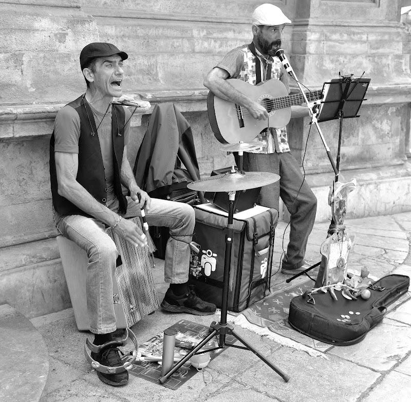 suonatori di strada di isidoro