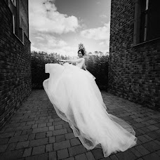 Wedding photographer Darya Bulavina (Luthien). Photo of 05.12.2017