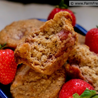 Strawberry Sour Cream Brown Sugar Soaked Oatmeal Muffins