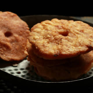 Thenga Vada Recipe (Spicy Coconut Fritters).