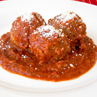 Crock Pot Meatballs.