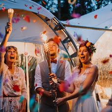 Wedding photographer Evgeniy Novikov (novikovph). Photo of 15.08.2017