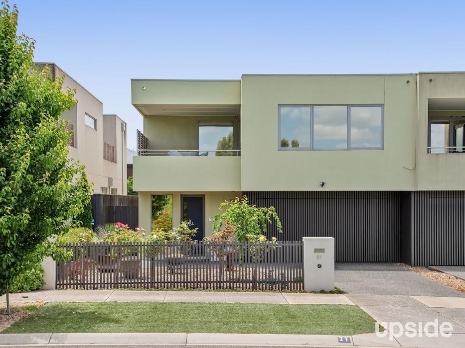 Main photo of property at 21 Trovita Drive, Berwick 3806