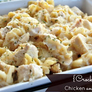 Crock Pot Chicken Noodles Recipes.