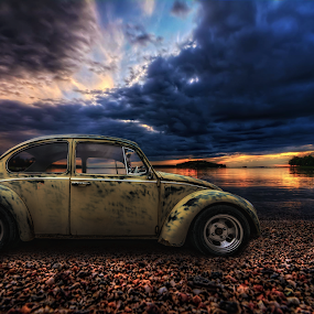 Y o u - c a n' t - s p e l l - V o l k s w a g e n - w i t h o u t - s w a g. by Manu Heiskanen - Uncategorized All Uncategorized ( car, clou, carporn, gravel, paulinawolekpardon, beetle, fusca, volkswagen, mystic, mirror, sky, type1, clouporn, skyporn, käfer, cucaracha, rust, cloudporn, evening, water, dream, manulit00, escarabajo, sea, tyres, lake, paint, rim, vw, bubble, manulitoo, color, sunset, bug, cloud )