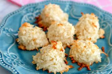 Favorite Coconut Macaroons