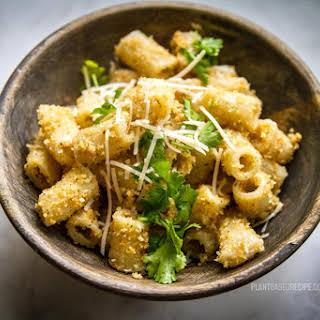 Vegan Garlic Bread Pasta.