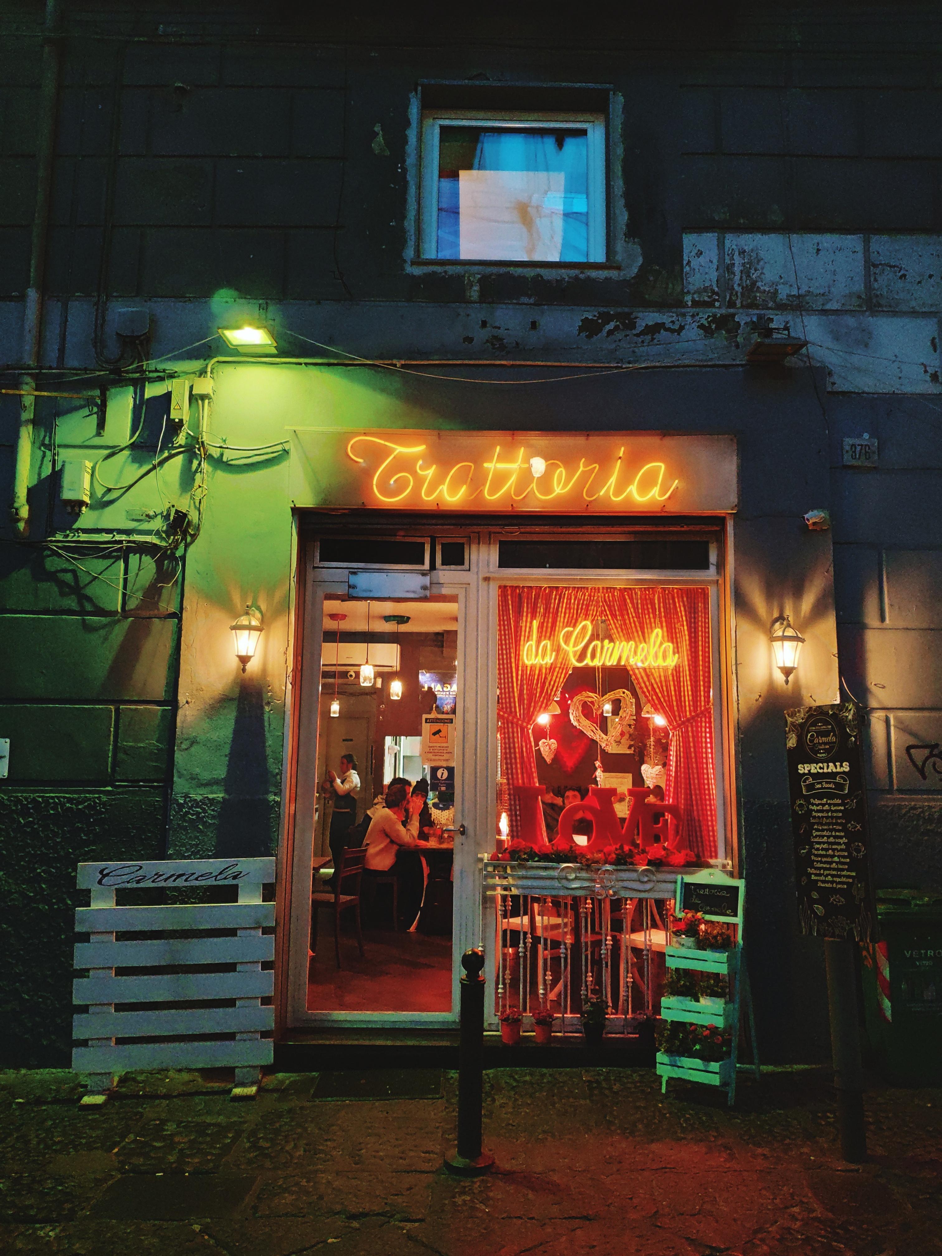 """A Napoli, """"fuori"""" è soprattutto """"dentro"""" di Memento-"""
