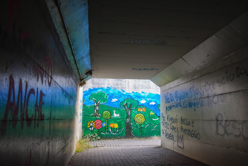 colori in fondo al tunnel di lorella
