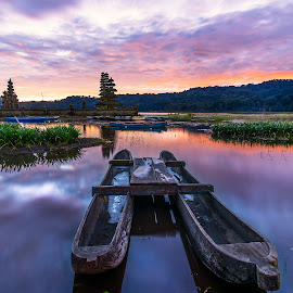 Lake Tamblingan by Agung Hendramawan - Transportation Boats ( #sharetravelpics, #travelworld )