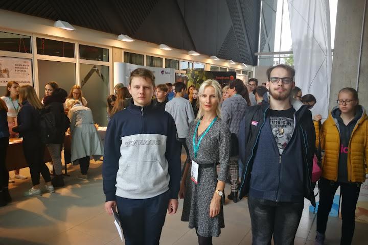 epmc-mokiniai-dalyvavo-moksleiviu-praktikos-forume