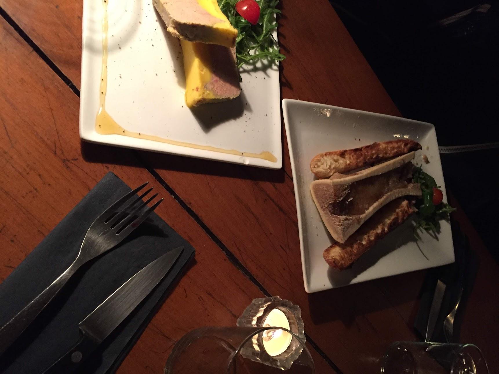 L'aller Retour Steak コートドブッフ パリ ビストロ レストラン フランス料理 ラバロック Os Amoulle 骨髄のオーブン焼き フォアグラ