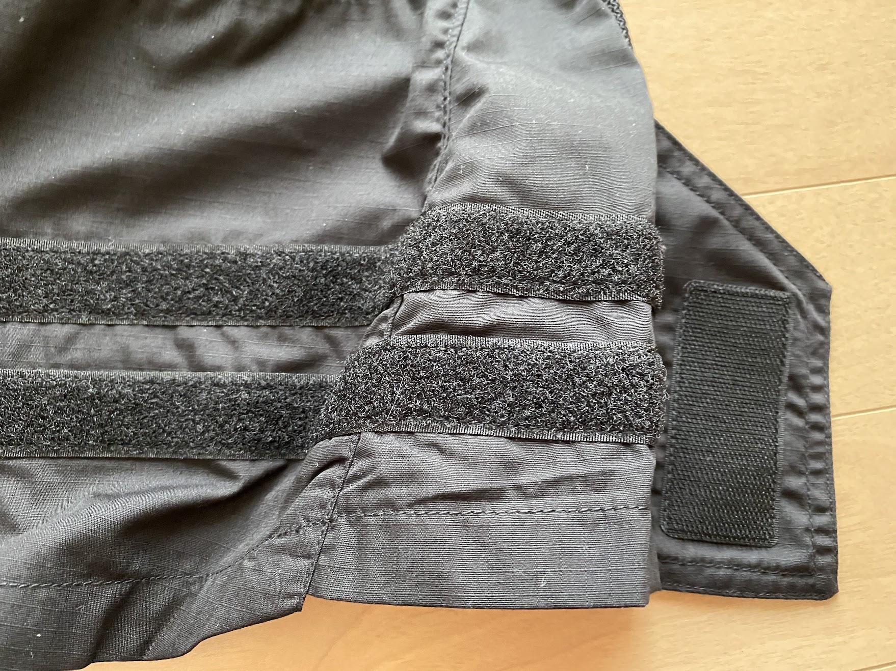 裾のベルクロ