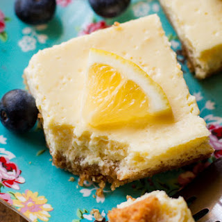 130 Calorie Greek Yogurt Lemon Bars