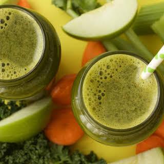 Apple Carrot Celery and Kale Juice.