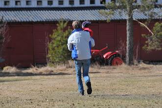 Photo: Cato og Ylva må bort og teste traktoren