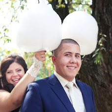 Wedding photographer Yuliya Loginova (Ulianna). Photo of 04.08.2014