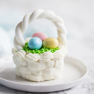 Easter Basket Cupcakes with American-Style Buttercream