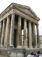 Photo: The Roman temple in Vienne.  The other one in France is in Nimes, which we visited in 2000.