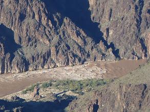 Photo: un des nombreux  rapides du Colorado, ici photographié avec un zoom  12x