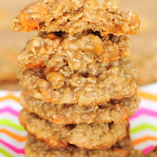 How to Make The Perfect Chewy Oatmeal Scotchie.