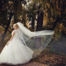 Wedding photographer Lyaysan Samatova (lyaysan0705). Photo of 24.09.2015