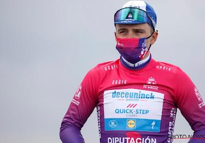 """Deceuninck - Quick-Step 'gewoon' aan de start in rit 2 van Ronde van Polen: """"Zorgen voor emotionele begeleiding, Evenepoel beschermen"""""""