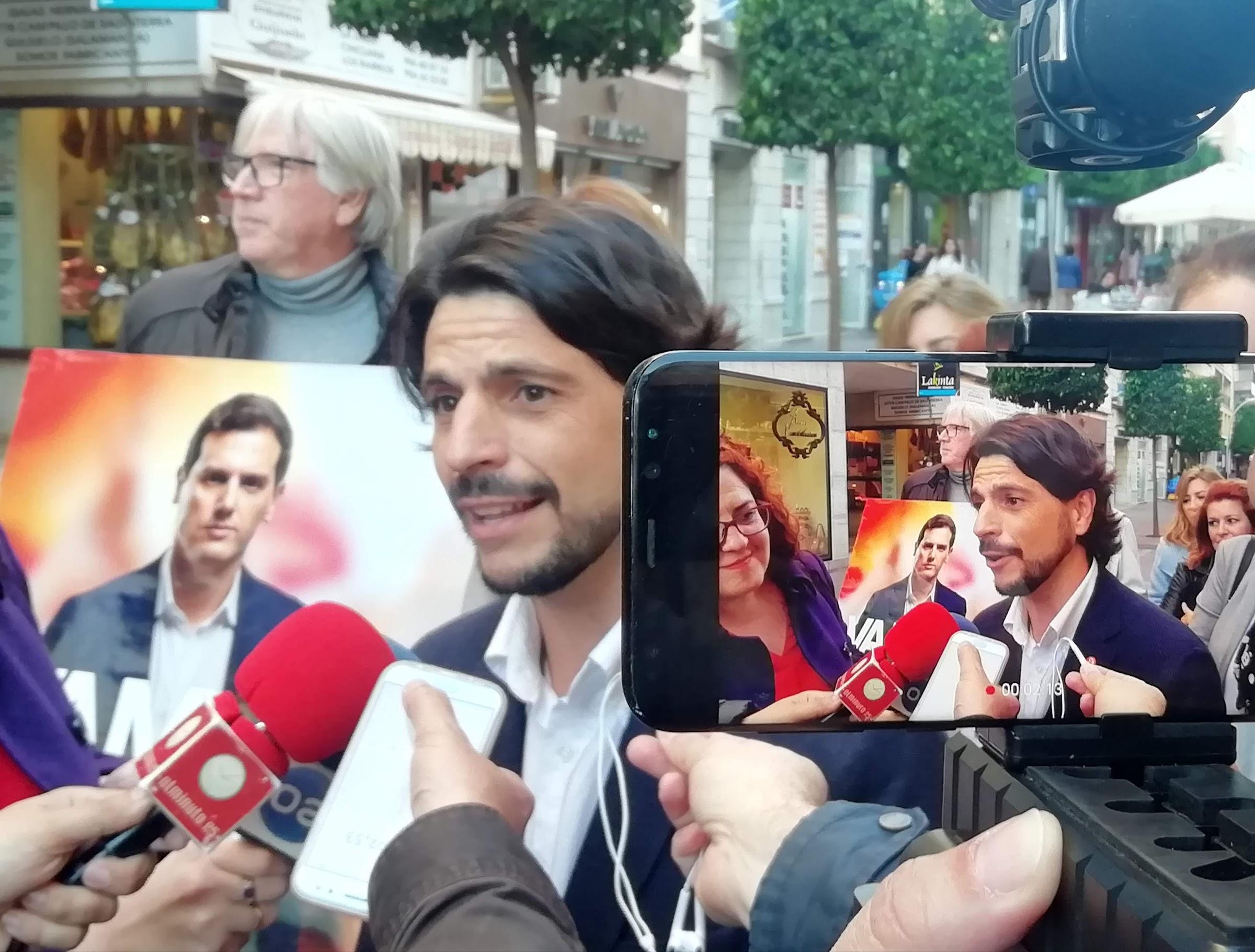 Sergio Pelayo pide el voto para hacer posible el cambio que tanto necesita España.