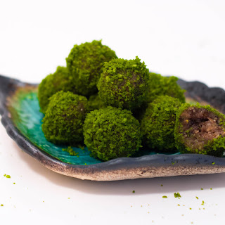 Raw Matcha Coconut Bites Recipe