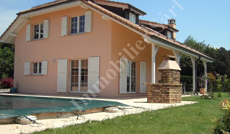 Villa avec piscine et terrasse Lausanne