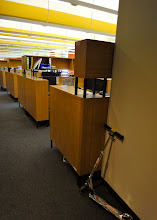 Photo: Desk space for scientists.