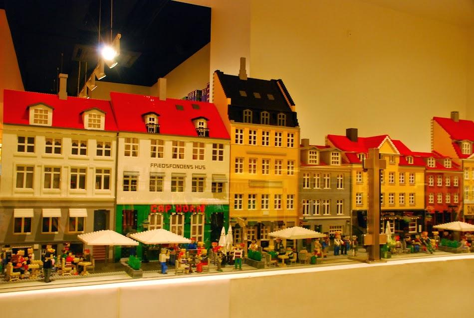 Magazinul LEGO