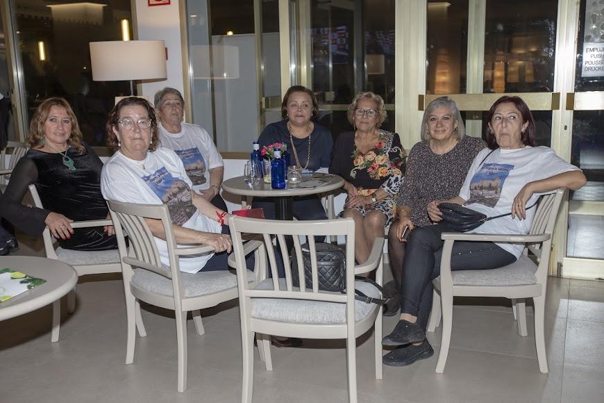 Llegados desde Menorca, Vélez y Barcelona.