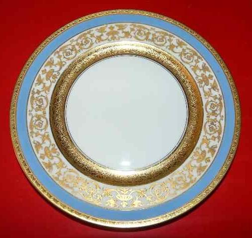 Photo: Raynaud Porcelain Limoges Crystal Porcelain Ware Shop www.crystalporcelainwareshop.com