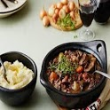 Memasak Boeuf Bourguignon with cauliflower mash icon