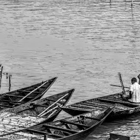 by Sayan Banerjee - Black & White Portraits & People ( boats, black and white )
