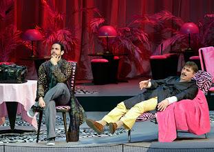 Photo: WIENER STAATSOPER: DON PASQUALE. Inszenierung: Irina Brook. Premiere: 26.4.2015. Alessio Arduini, Michele Pertusi. Copyright: Barbara Zeininger.