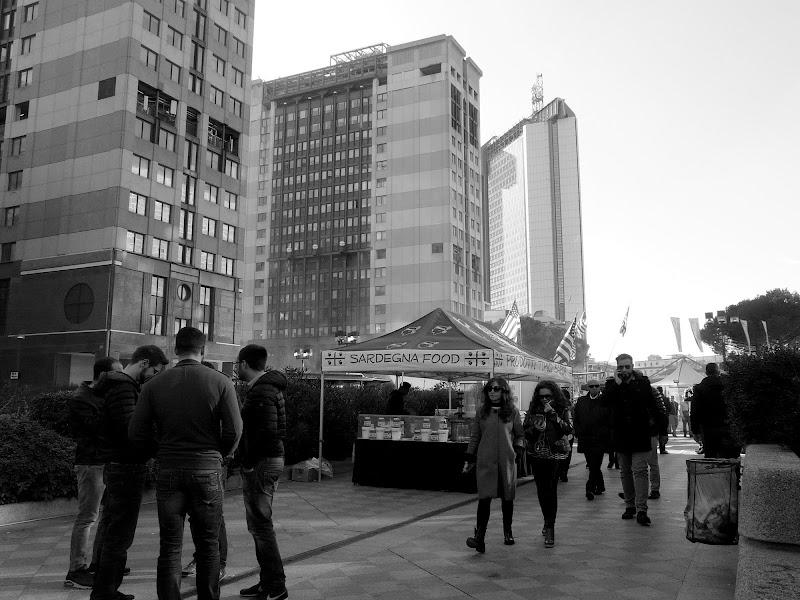 Fiera di Street Food al Centro Direzionale di Napoli  di Mario Romano