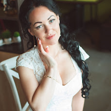 Wedding photographer Alena Lyalyushkina (Lialiushkina). Photo of 09.08.2016