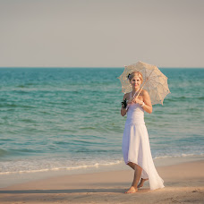 Wedding photographer Irina Smirnova (SunnyGirl). Photo of 21.08.2015