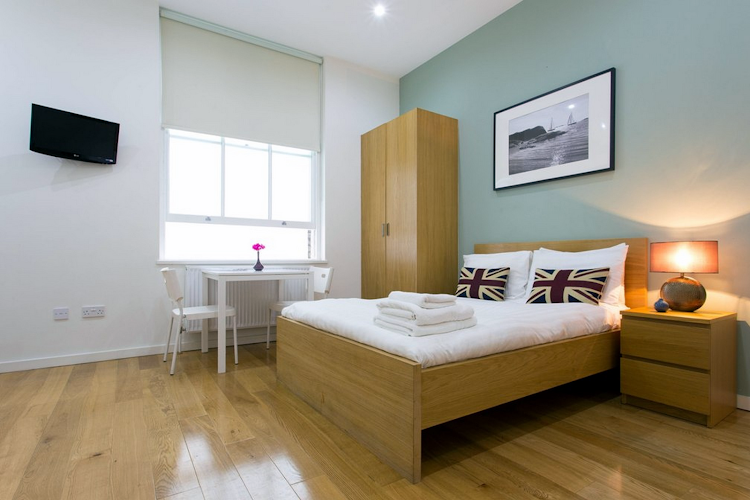 Studio apartment at Notting Hill Apartments