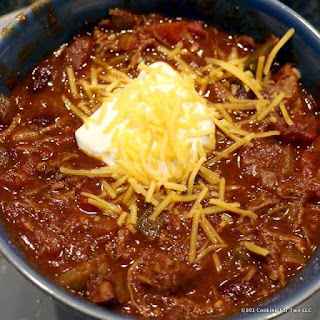 Crock Pot Shredded Beef Chili and Nachos Recipe
