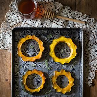 Maple Thyme Roasted Acorn Squash {Paleo, Vegan}