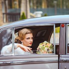 Wedding photographer Evgeniy Merkulov (paparazzi48). Photo of 09.11.2015