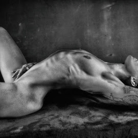Solo by Gary Bradshaw - Nudes & Boudoir Artistic Nude