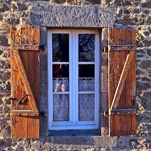 fereastra din bretagne.JPG