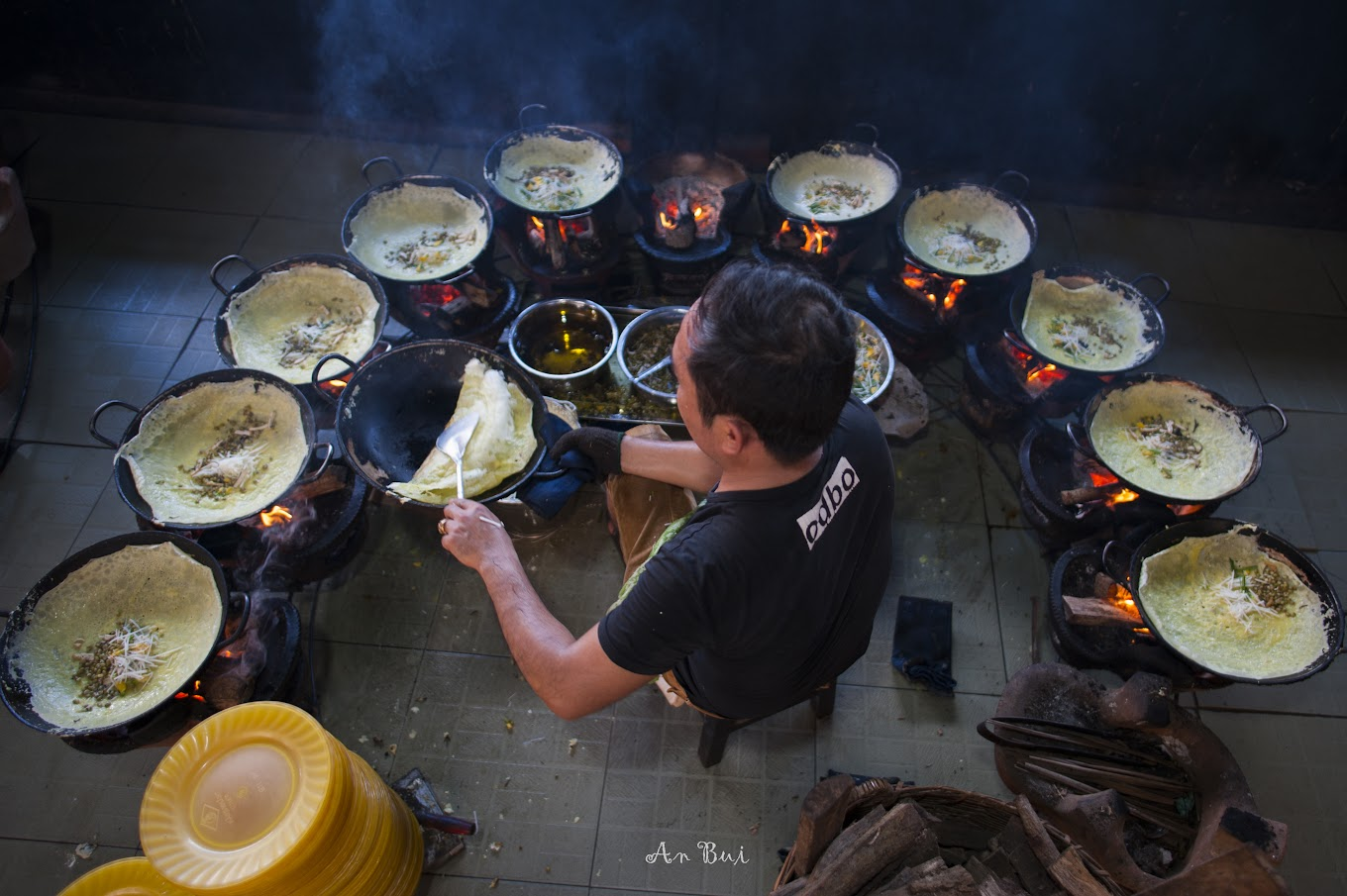 Photography of mekong pancake making
