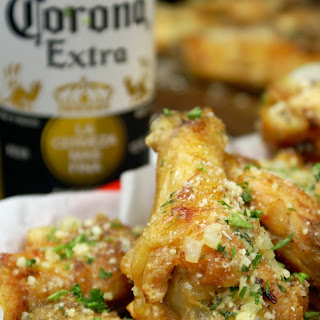 Crispy Baked Garlic Parmesan Chicken Wings.