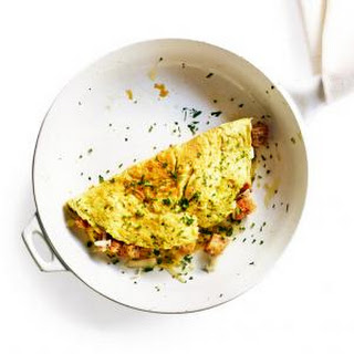 Crouton and Cheese Omelet
