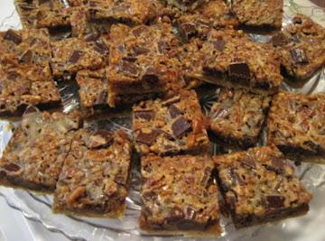 Chunky Pecan Pie Bars Recipe